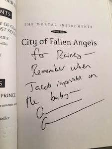 Cassandra Clare Autograph