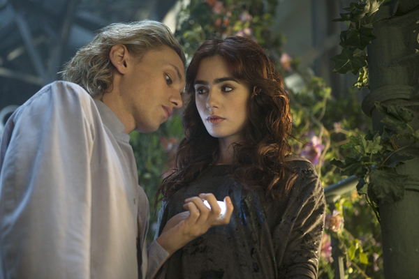 Bedeviled, Besotted, and Bewildered | SLJ Reviews 'City of Bones' Film