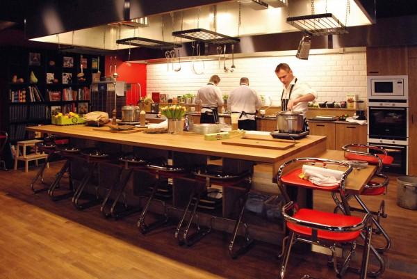 TioTretton kitchen2 600x401 Stockholm's Tio Tretton Library Gives Tweens a Space of Their Own