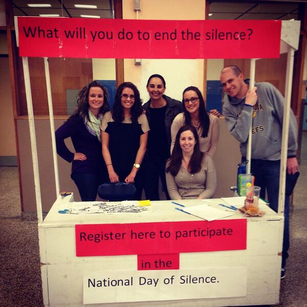 8,000 Schools to Join 'Day of Silence' on April 11, Protesting LGBTQ Student Harassment