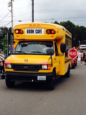 School Librarian Fights Summer Slide with School Bus-Turned-Bookmobile
