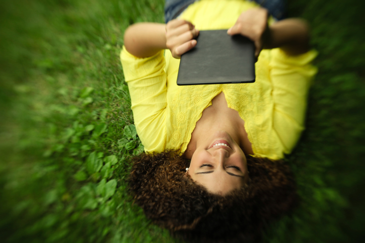 Ebooks Take Hold in Schools—Slowly