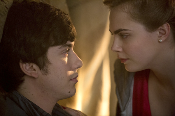 Quentin (Nat Wolff) and Margo (Cara Delevingne) in Paper Towns (Photo: Michael Tackett)