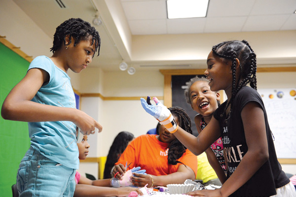 Some 99,000 kids participated in Chicago Public Library's 2015 Summer Learning Challenge. Photo courtesy of Chicago Public Library