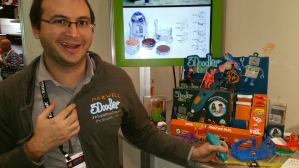 A captivating demo at the 3Doodler booth