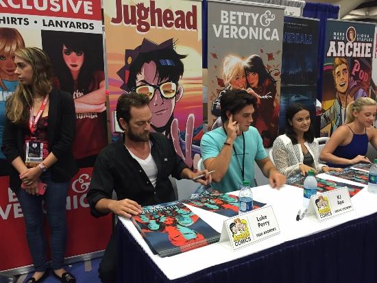 Comic-Con International Lures YA Comics Creators | SDCC 2016