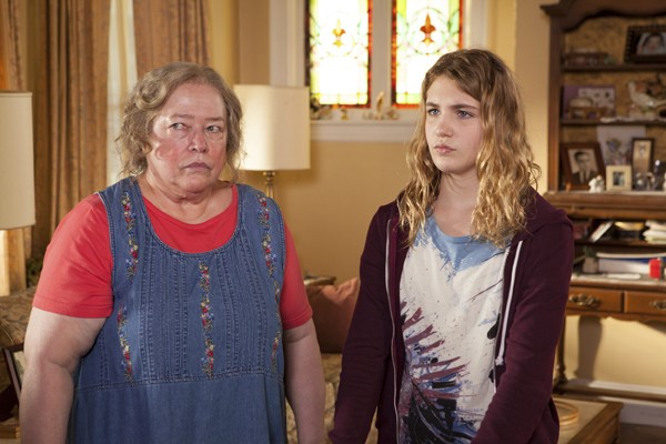 Kathy Bates and Sophie Nélisse in The Great Gill Hopkins (Photos: Lionsgate Premiere)