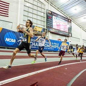 Ncaa_800_indoor