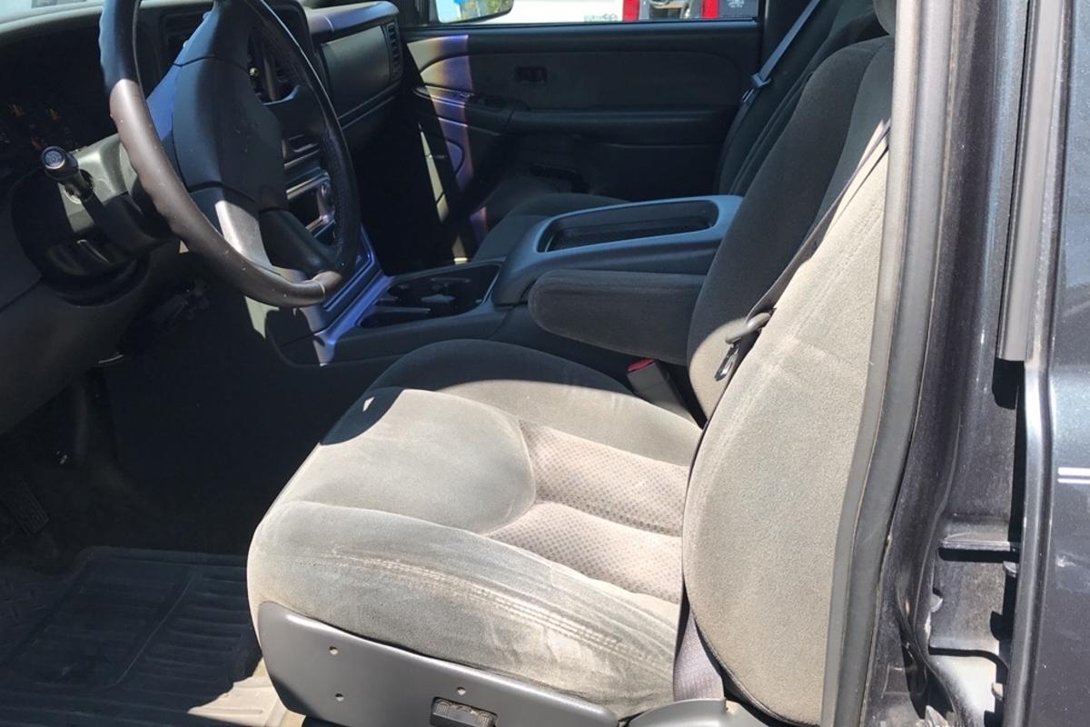 2003 Chevrolet Silverado 2500hd LS Crew Cab Short Bed 4WD