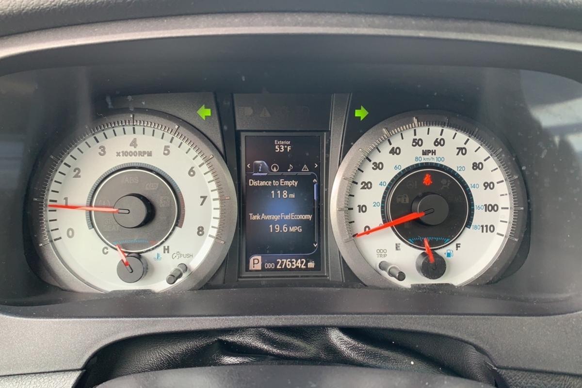2015 Toyota Sienna L FWD 7-Passenger V6