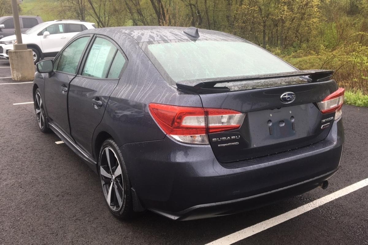 2017 Subaru Impreza 2.0i Sport CVT 4-Door