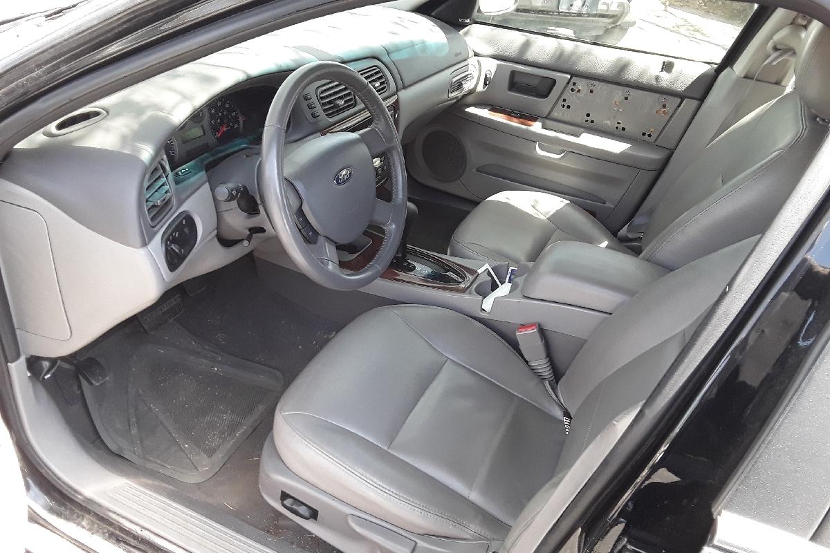 2004 Ford Taurus wagon SEL