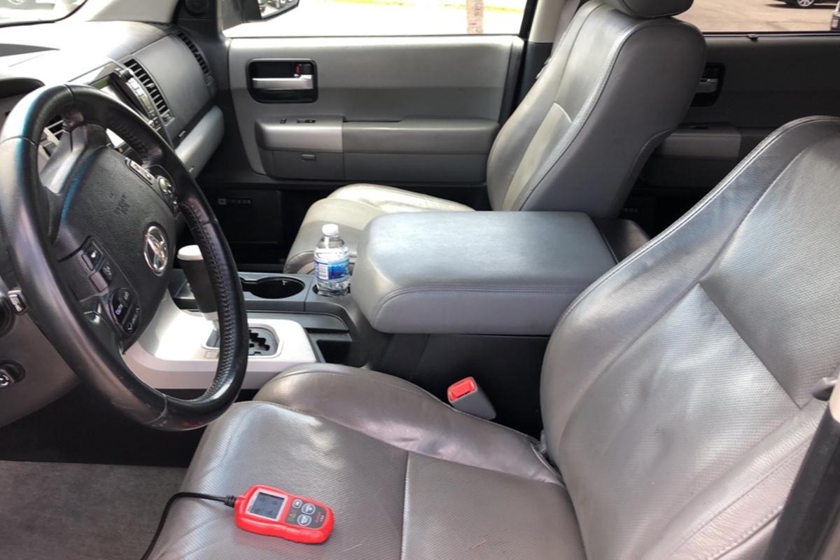 2008 Toyota Sequoia Platinum