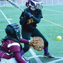 Thumb 220 softball archivetharpefinal