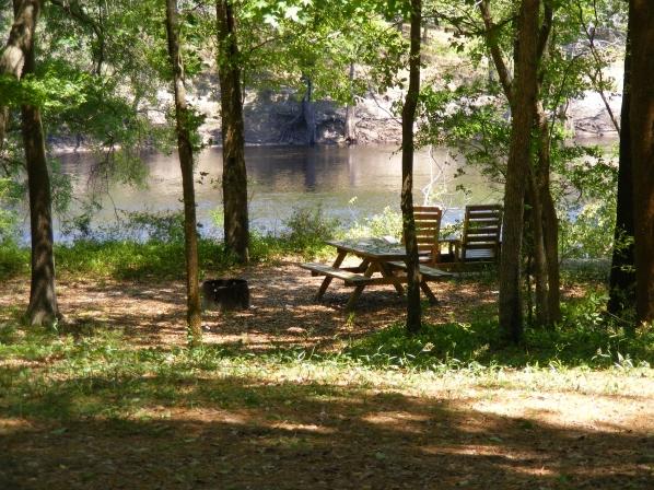 Suwannee River Rendezvous Resort