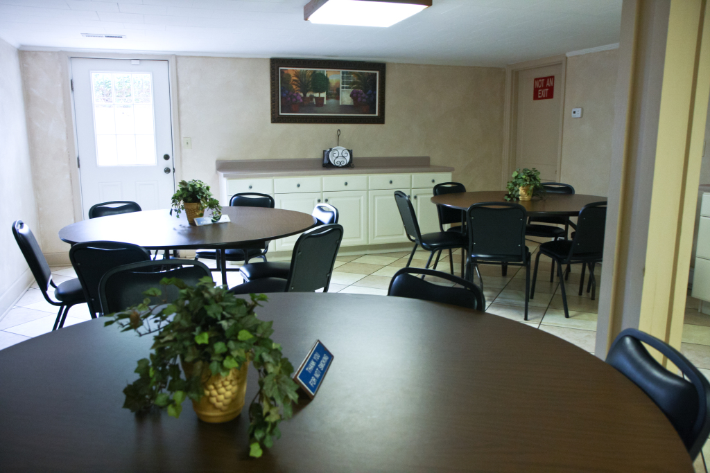 The lounge  provides a relaxed gathering area and convenient access to a designated smoking area just outside.