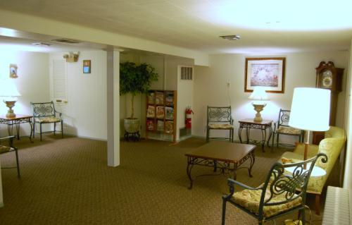 Lower lounge area for family and guests to utilize during visitations or memorial services.