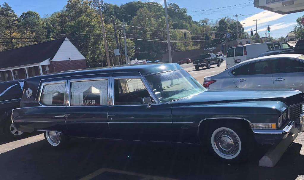 1972 Cadillac Superior Sovereign Limousine Hearse