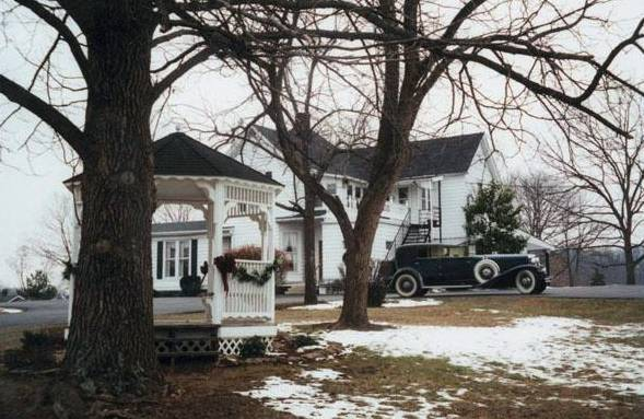 1933 Model J Duesenberg Town Car at Cox Funeral Home