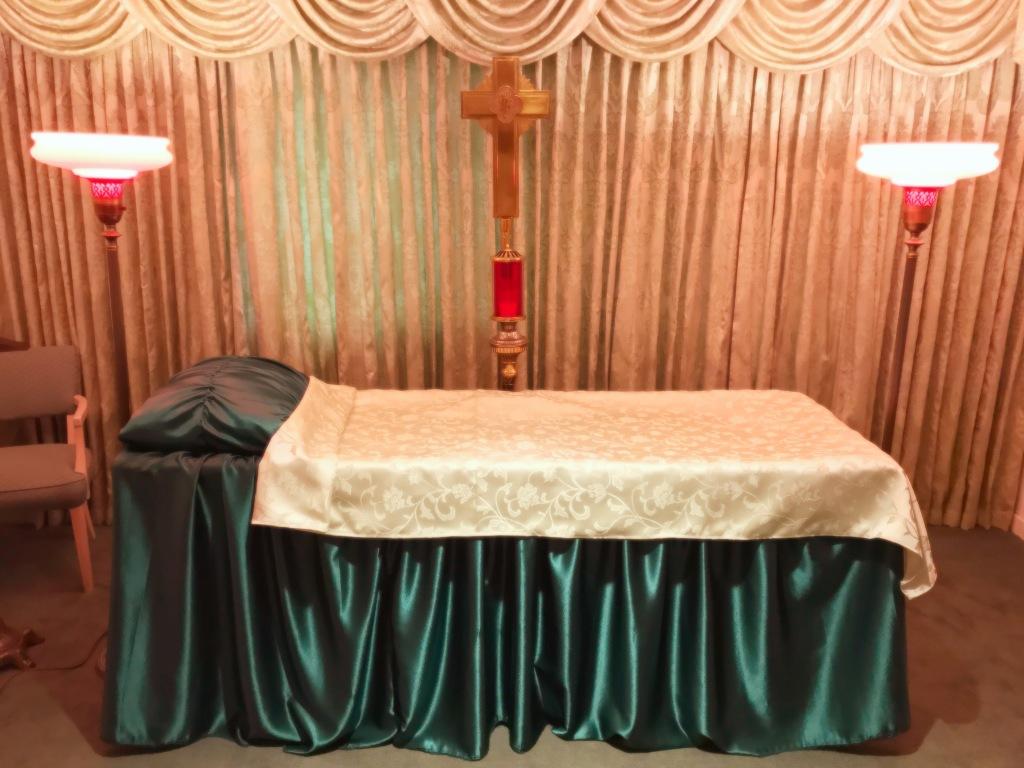 Informal viewing altar.