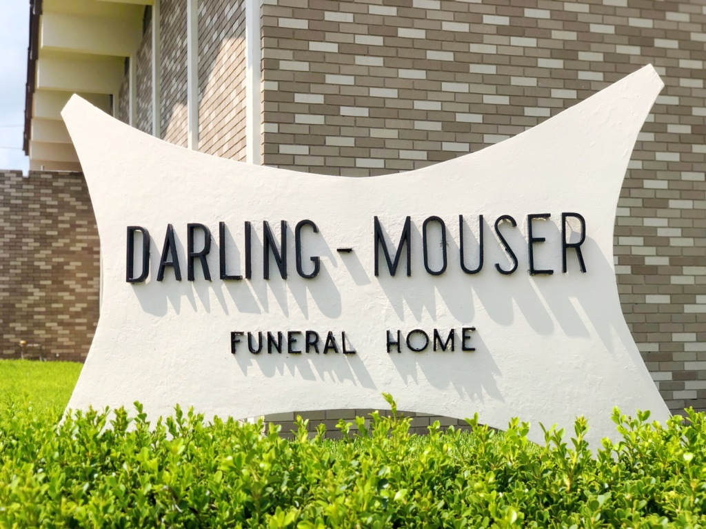 Original Signage at Darling-Mouser Funeral Home