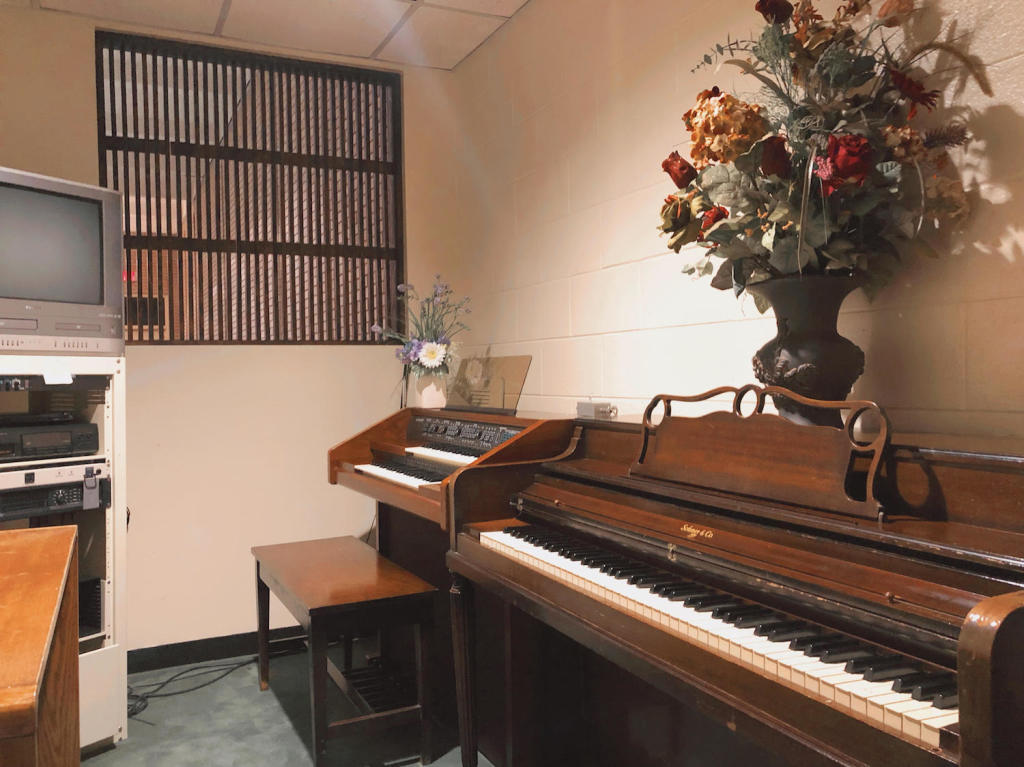 West Chapel Music Room at Darling-Mouser Funeral Home