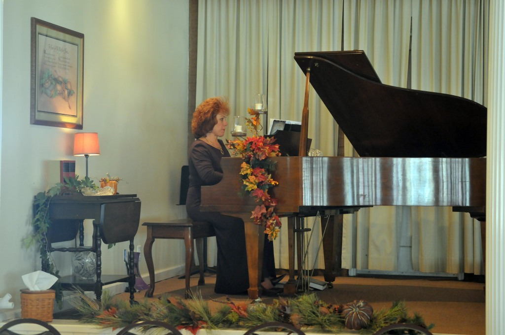 Organist, Patti Kruger, provides music for the 2012 Holiday Memorial Program