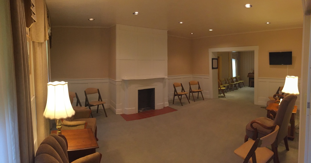 Bainbridge Location - Sitting Area