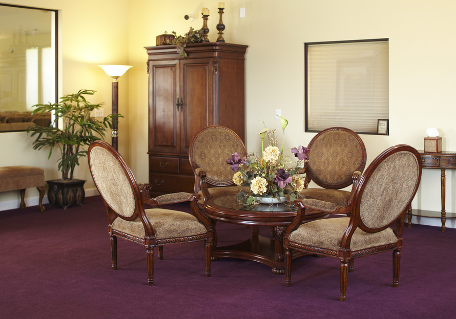 Our warm and inviting lobby greats all visitors.