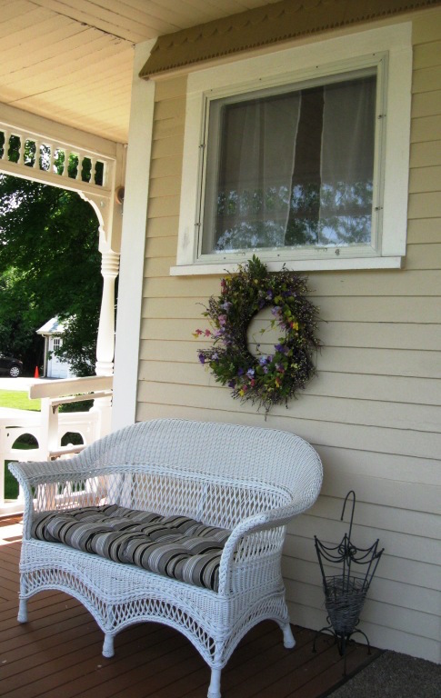 Funeral Home - Front Porch