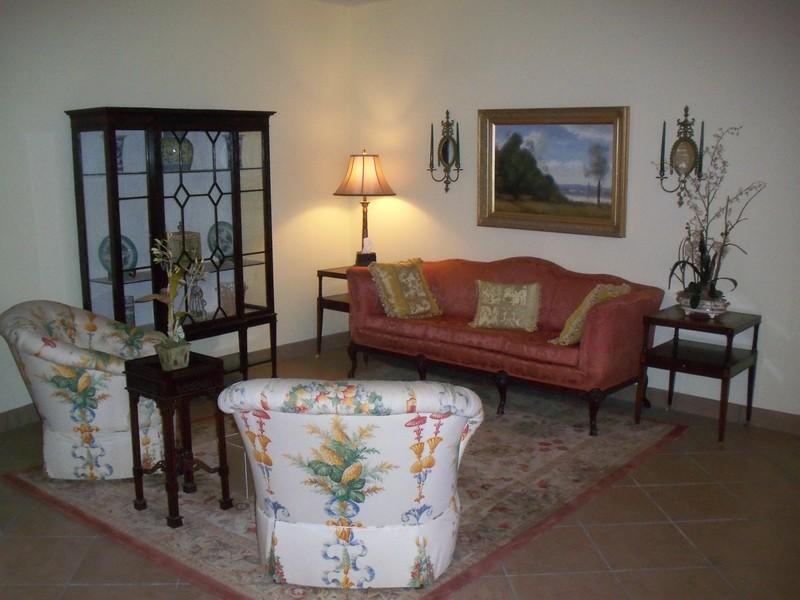 Chapel Lounge/Lobby