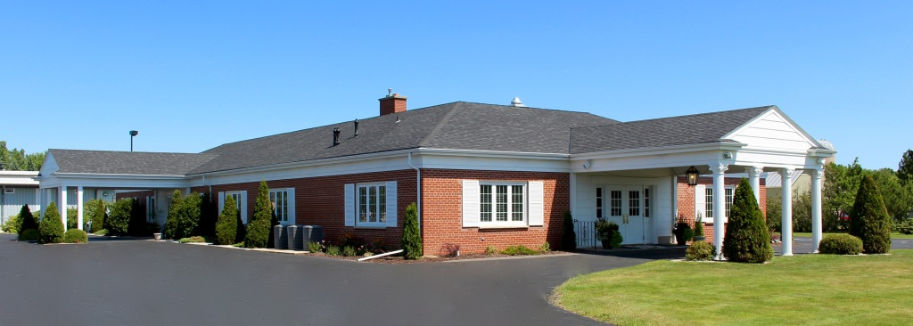 Huehns Funeral Home - exterior building.