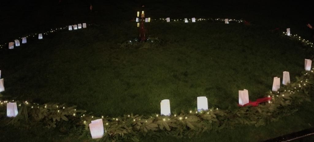 Luminaries surrounding Wreath