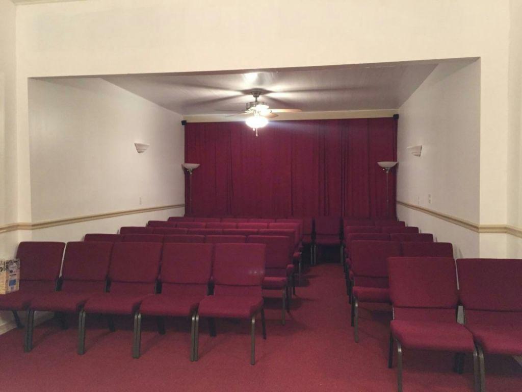 Seating Capacity-75