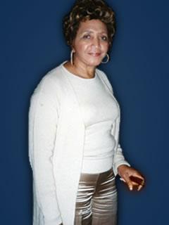 Sylvia Wooden Holley<br>3ra Generacin de servicio