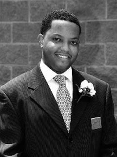 Johnathan P. Holley, President<br>4ta Generacin de servicio