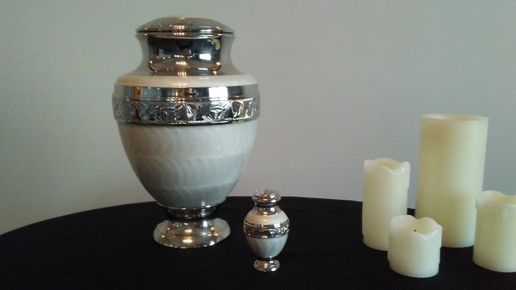 Mother of Pearl Urn, Keepsake