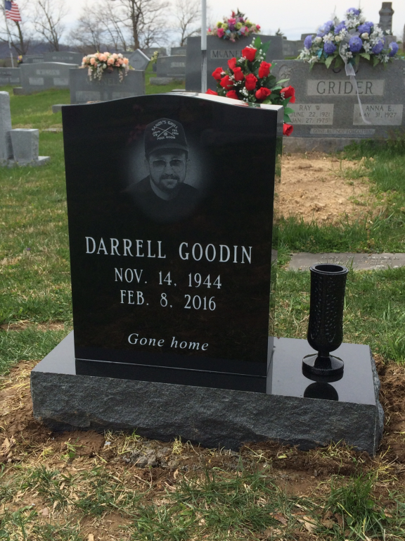 Headstone for Darrell Goodin