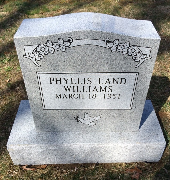 Headstone for Phyllis Land Williams