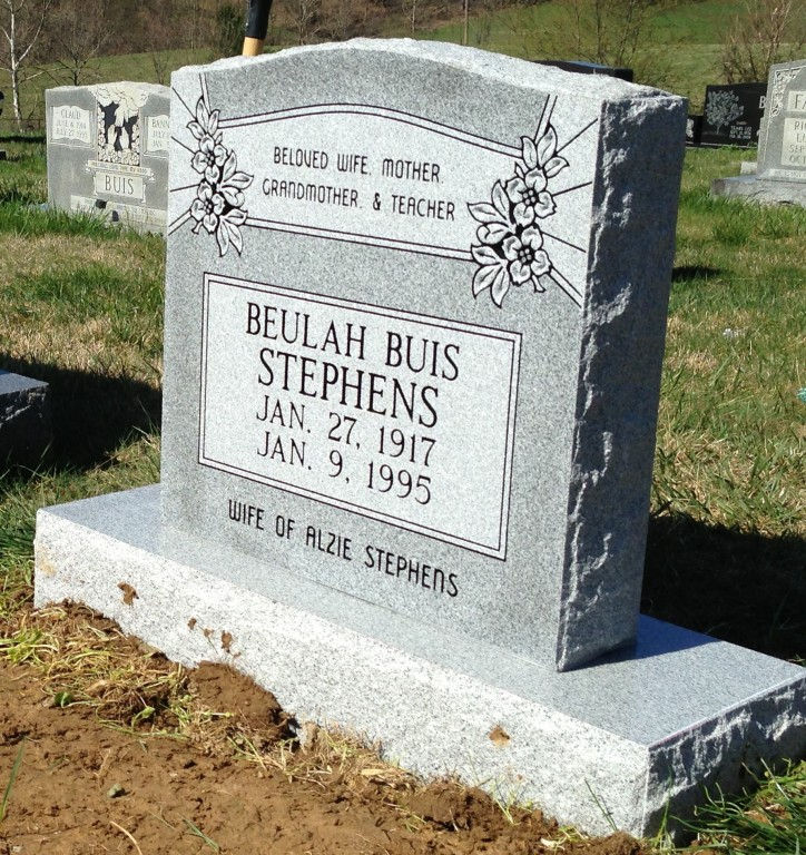 Headstone for Beulah Buis Stephens