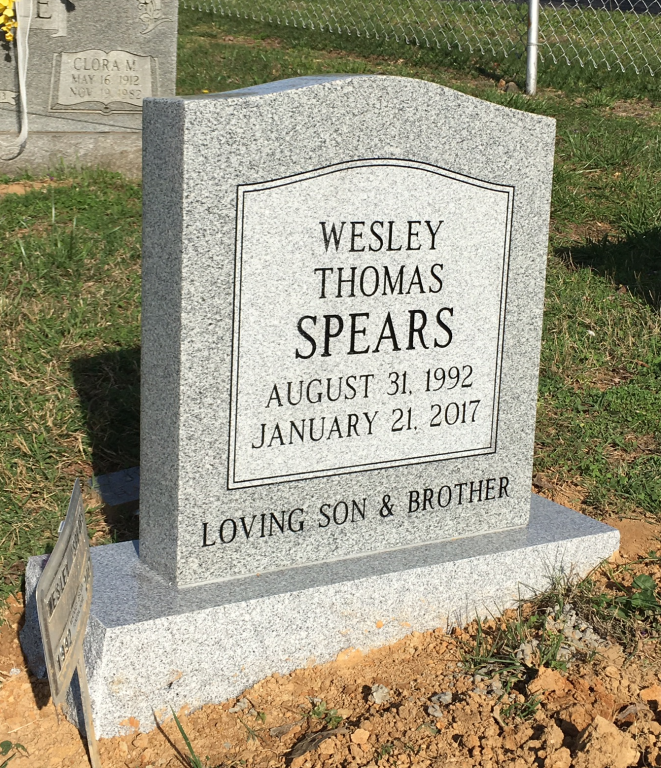 Headstone for Wesley Thomas Spears