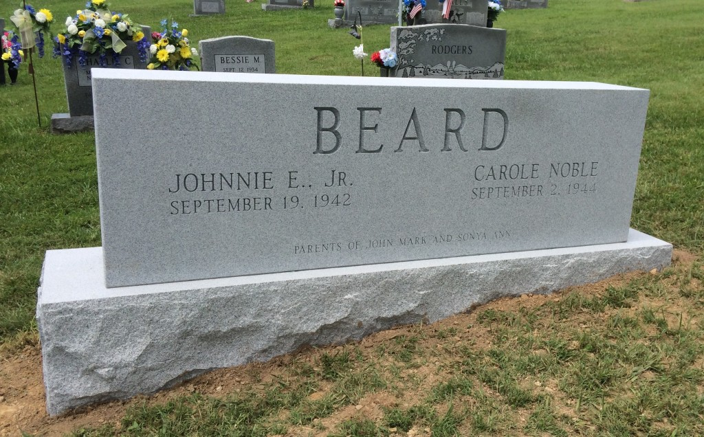 Front of Johnnie and Carol Beard headstone