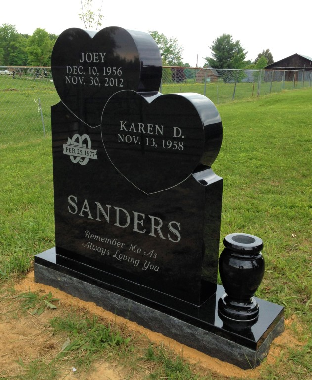 Front of Joey and Karen Sanders headstone