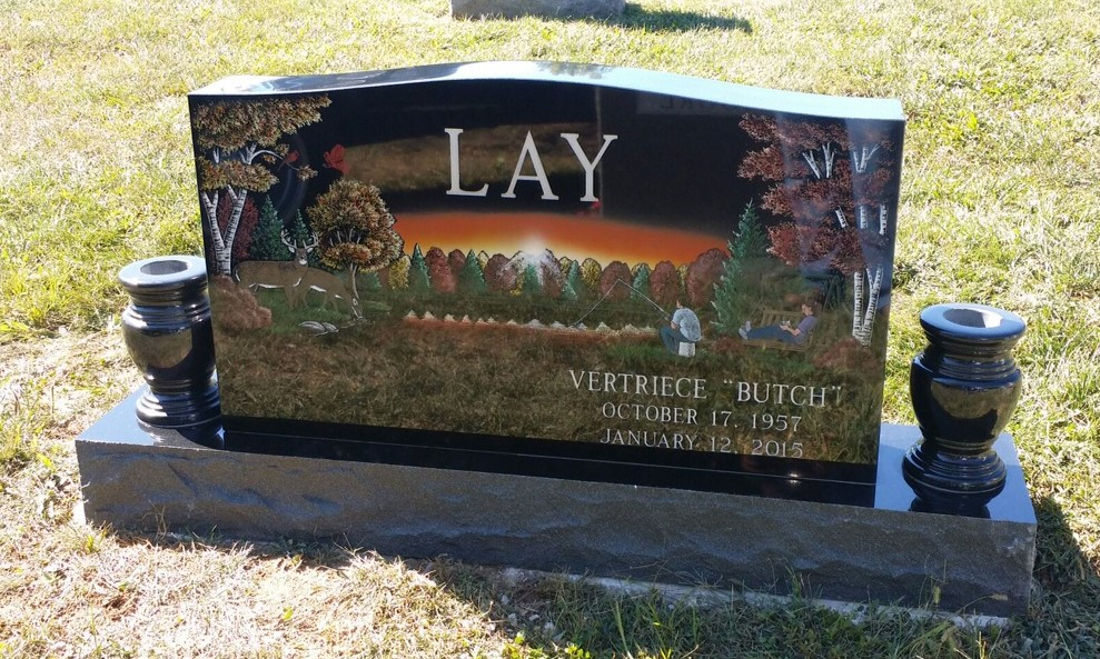 Front or Vertriece Lay headstone