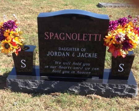 Back of Tynlee Elaine Spagnoletti infant headstone