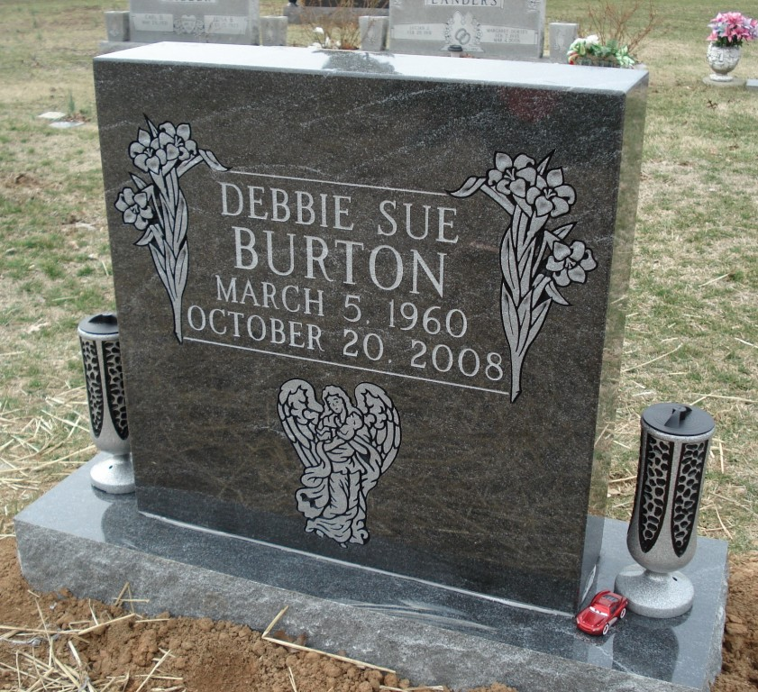 Headstone for Debbie Sue Burton