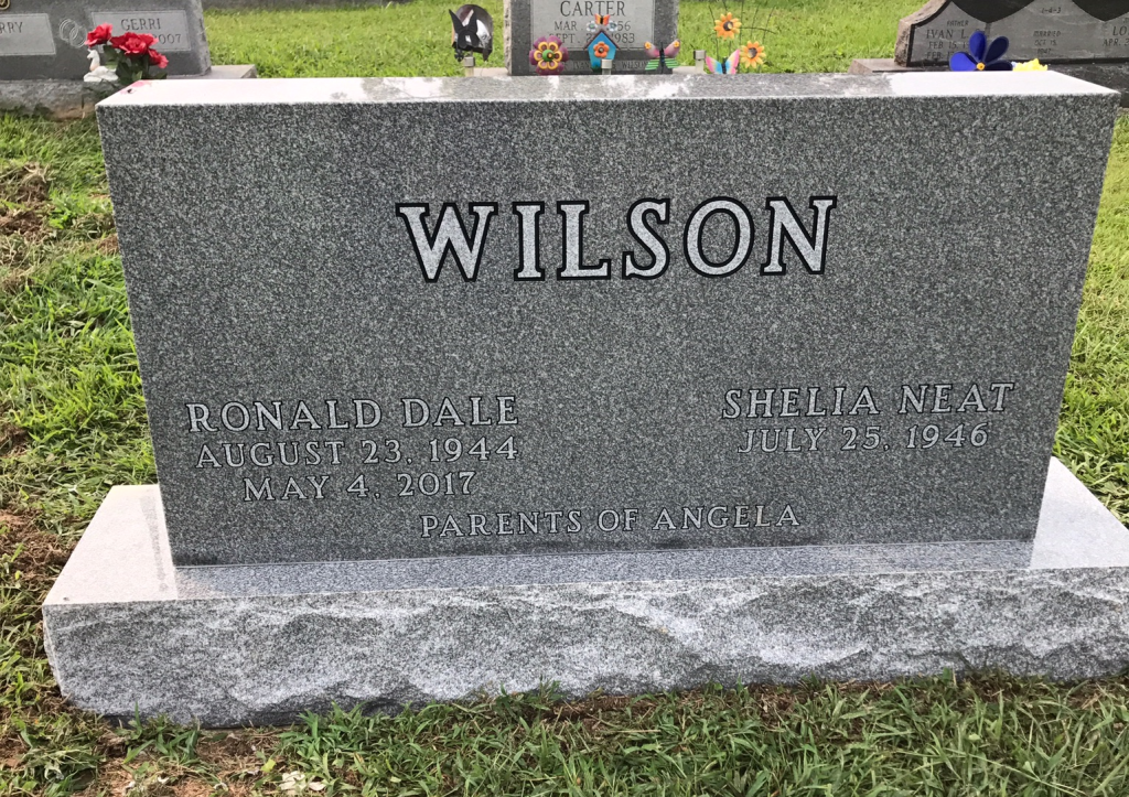Headstone for Dale and Shelia Wilson