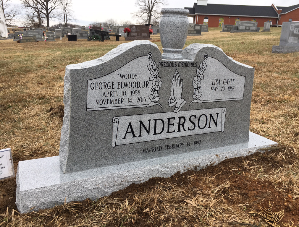 Headstone for Woody and Lisa Anderson