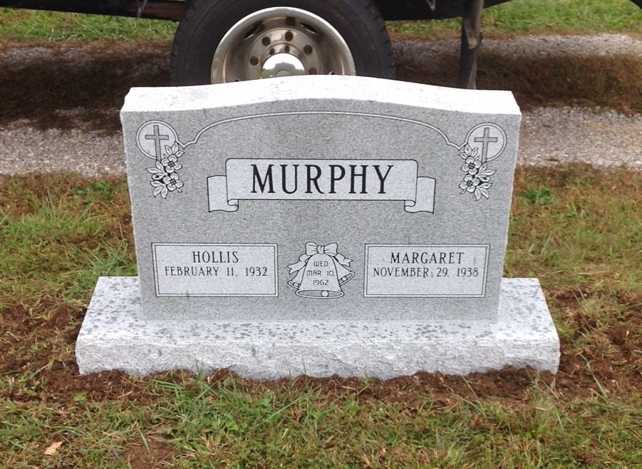 Headstone for Hollis and Margaret Murphy
