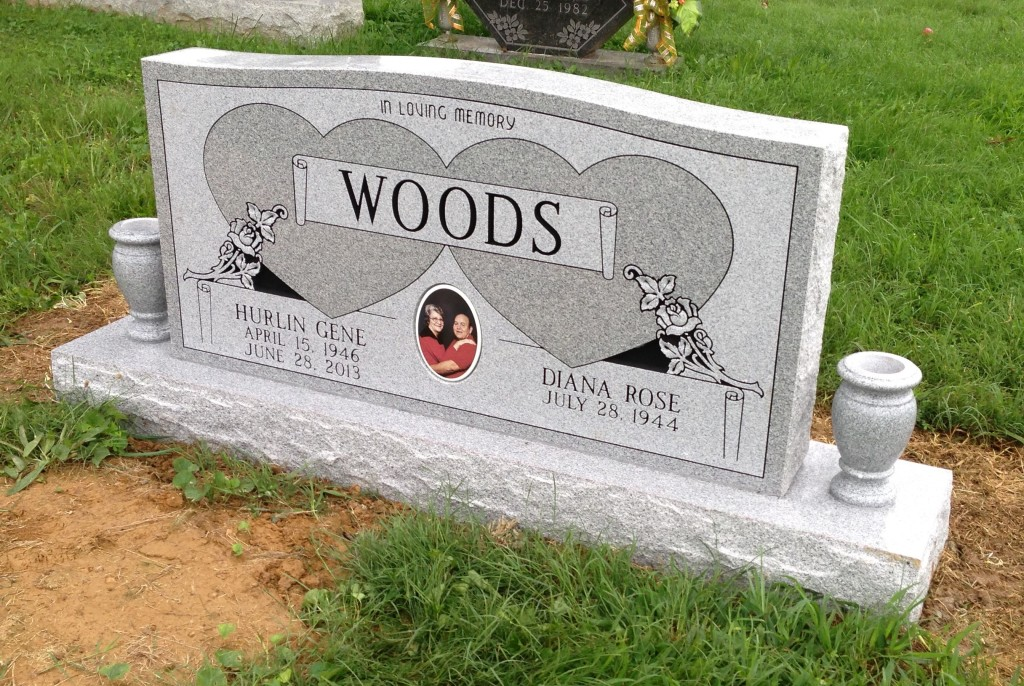 Headstone for Hurlin and Diana Woods